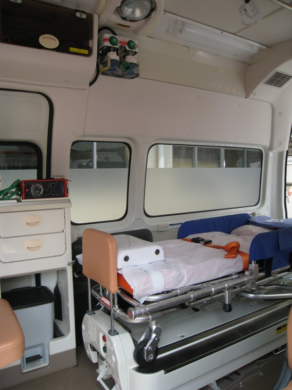普通の救急車