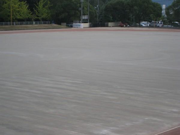 井原運動公園陸上競技場