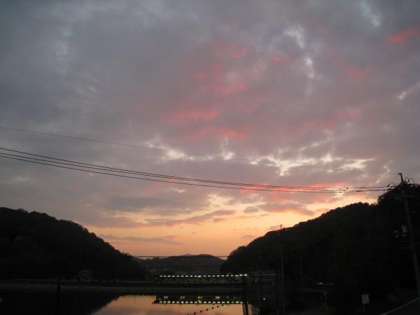 夕方の井原市の夜空