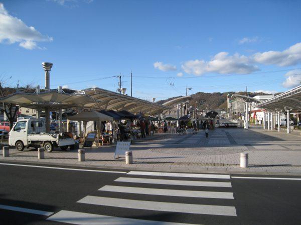井原駅でのイベント様子