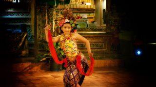 白石島の踊りで白石踊という超すげー踊りがあるらしいぞー!!笠岡諸島にいくべ~