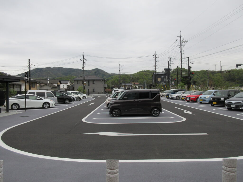 やかげ宿 駐車場