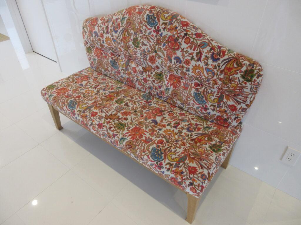 豪華な椅子